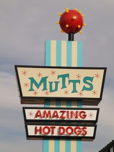 Mutts Amazing Hot Dogs, OKC