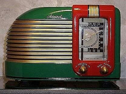 Admiral radio green and red