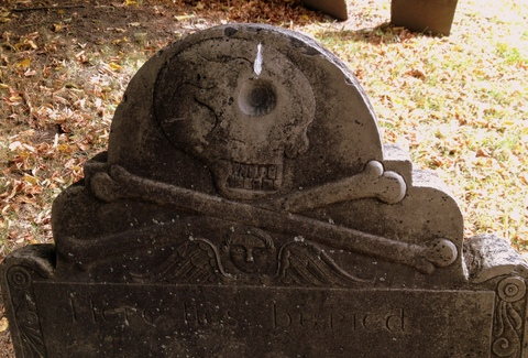 Skull & crossed bones and Cherub