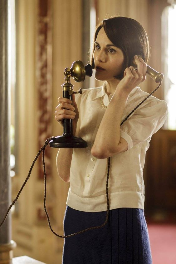 Lady Mary with telly