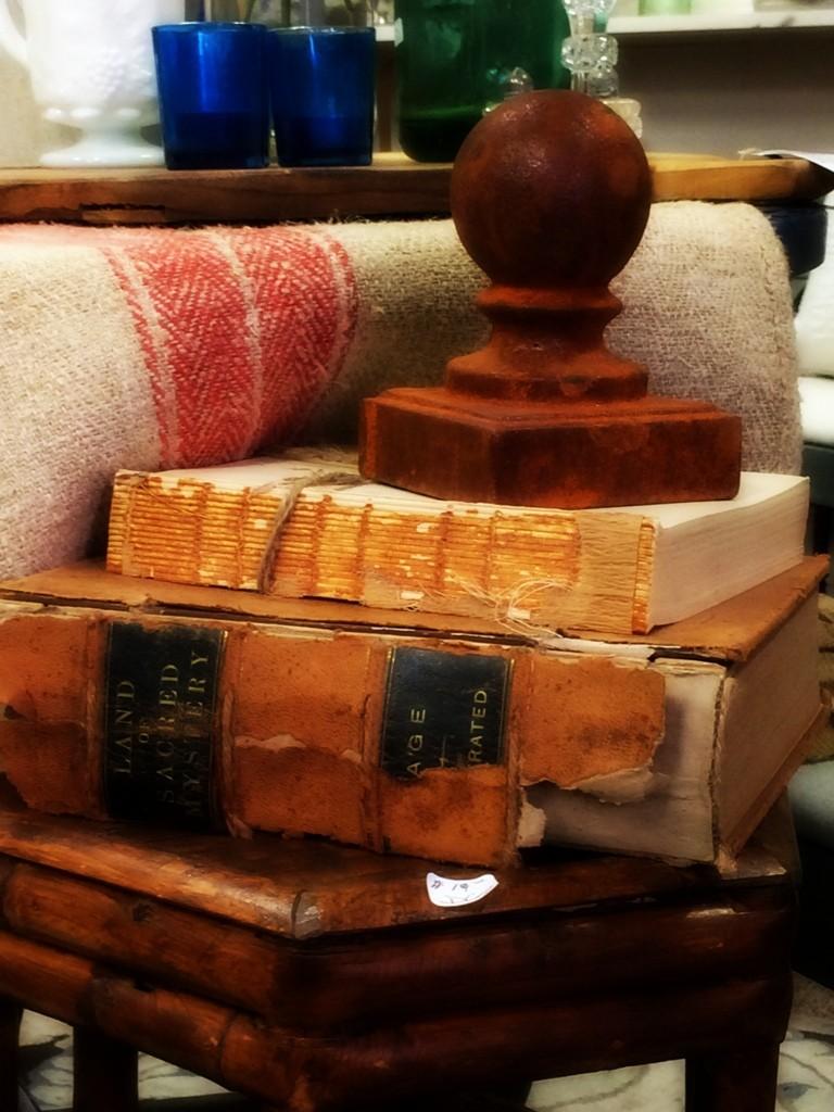Ivy Ln antique books, Newburyport MA