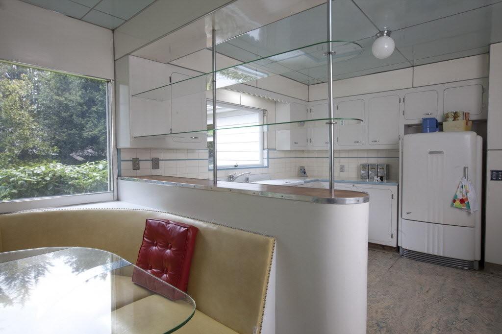 Steamline Moderne kitchen