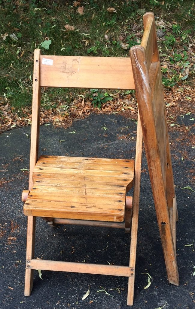 purchases chairs